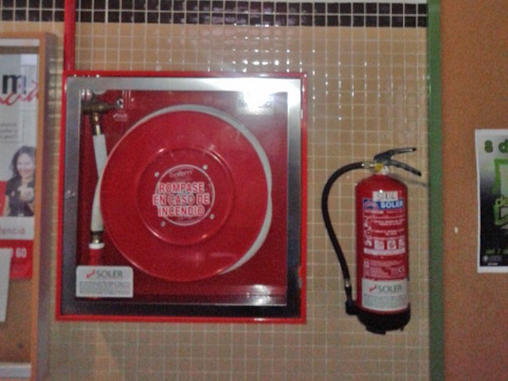 Instalación de bocas de incendio equipadas (BIE)-2
