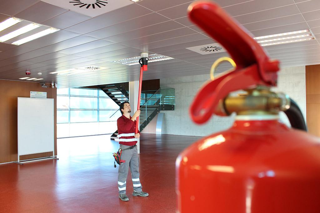 Mantenimiento de sistemas automáticos de detección y alarma de incendios-6