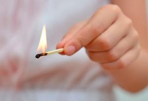 ¿Cómo evitar y actuar ante intoxicaciones y quemaduras de incendios?