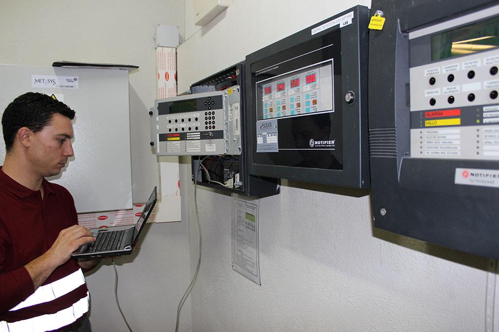 Mantenimiento de sistemas automáticos de detección y alarma de incendios-2